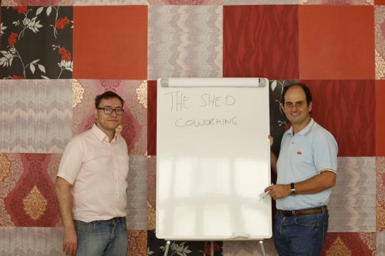 Carlos Llerena y Gonzalo Navarro, de The Shed Coworking.