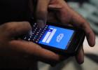 La UE enfría el plan para suprimir el sobrecoste del móvil en el exterior