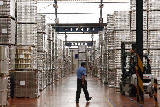 Almacén de envases de conservas de Mivisa en Torres de Cotillas (Murcia)