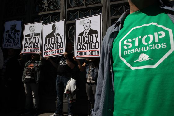 Protesta de la plataforma Afectados por la Hipoteca, ante el Banco de España.