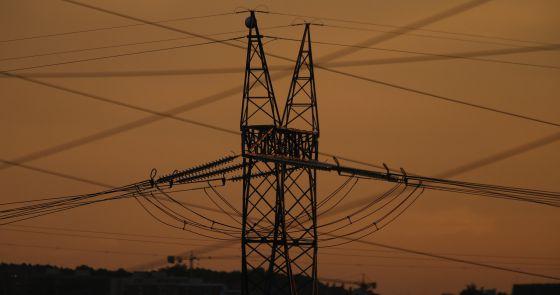 Torretas eléctricas en el Corredor del Henares. Madrid