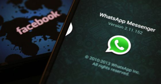 Logotipos de WhatsApp y Facebook