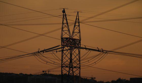 Poste de red eléctrica.