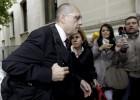 El tribunal frena las argucias de Silva para impedir la vista