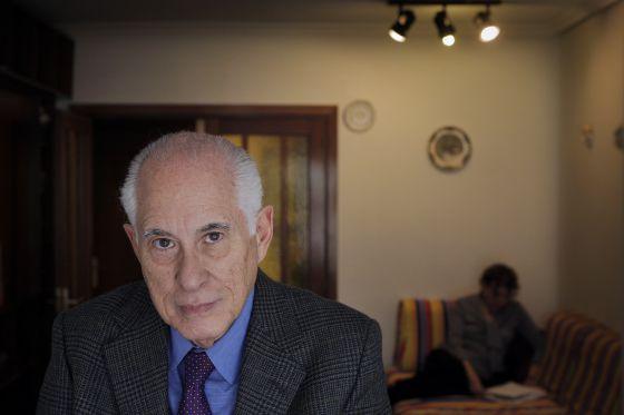 El economista cubano Carmelo Mesa-Lago
