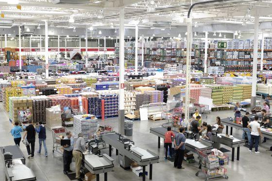 Costco entra en europa por sevilla watching - Costco productos y precios ...