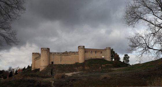 Apartamentos de lujo en el castillo de maqueda vivienda el pa s - Subastas ministerio del interior ...