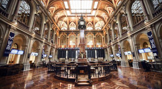 Patio de operaciones de la Bolsa de Madrid.