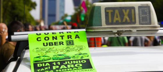 Una octavilla en una protesta contra la aplicación Uber en Madrid.