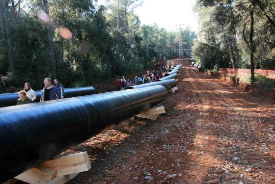 Obras del gasoducto Midcat, a su paso por Torrent dels Colobrers, Cataluña.