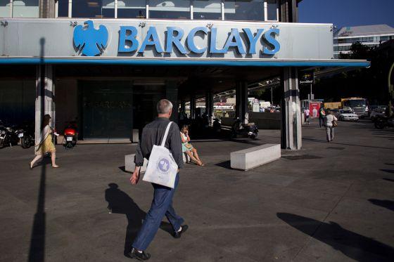 Caixabank presenta una propuesta para comprar barclays for Barclays oficinas madrid