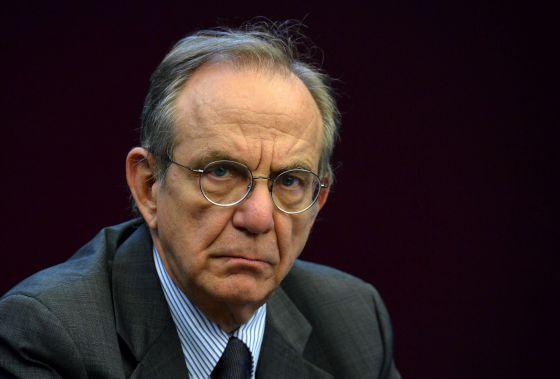 Pier Carlo Padoan, ministro de Economía de Italia
