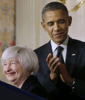 El presidente de EE UU, Barack Obama (derecha), y la presidenta de la Reserva Federal, Janet Yellen.