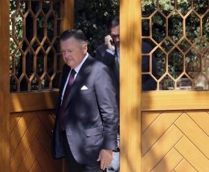 Alfredo Saenz, ex consejero delegado, sale de la casa de Emilio Botín.