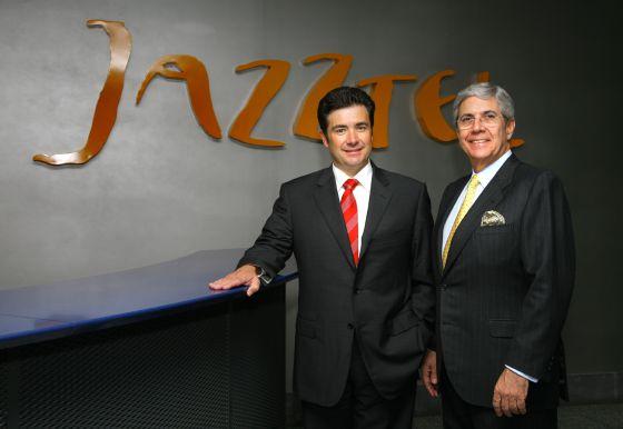 José Miguel García (izquierda), consejero delegado de Jazztel, junto a Leopoldo Fernández Pujals, presidente de la compañía.