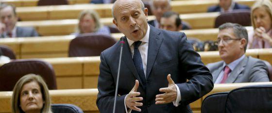 El ministro José Ignacio Wert, este martes en el Senado, en Madrid.