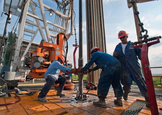 Trabajadores de la empresa de perforación Orion, en Texas.
