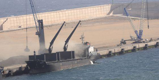 Ampliación del Puerto del Musel en Gijón. rn