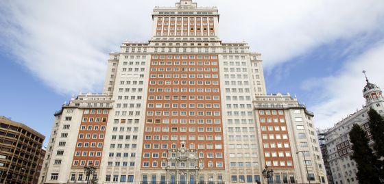 Fachada del Edificio España antiguo hotel Plaza, en Madrid.