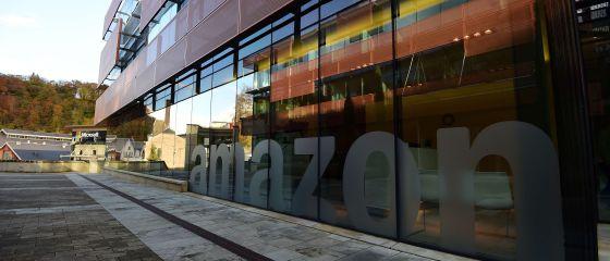 Fachada de la sede de Amazon en Luxemburgo.