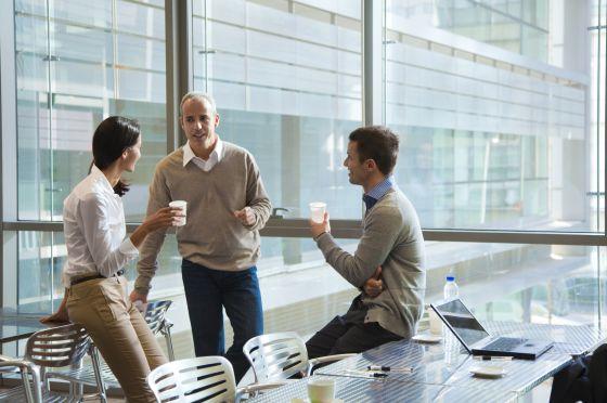El buen ambiente en el trabajo resulta esencial para aumentar la eficacia.