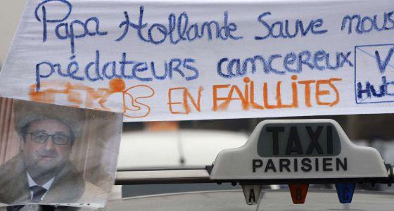 """Un mensaje para Hollande: """"Sálvanos de los depredadores cancerígenos""""."""