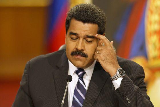 Maduro reconoce que Venezuela está en recesión y anuncia medidas