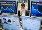 La prima de riesgo baja de 100 puntos por primera vez desde 2010