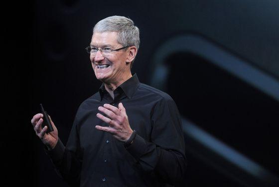 Tim Cook, consejero delegado de Apple, durante un acto con periodistas en el Yerba Buena Center de San Francisco, en octubre de 2013.
