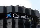 CaixaBank lanza una opa por el portugués BPI