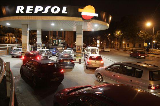 Gasolinera de Repsol en Madrid en una imagen de archivo.