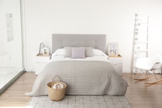 Cabeceros que conquistan las camas vivienda el pa s - Cabeceros tapizados originales ...