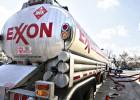 Exxon Mobil gana la mitad