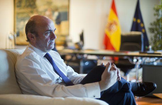 Luis de Guindos, en su despacho.
