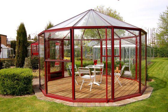 Invernaderos pensados para el cultivo y el descanso - Invernadero para casa ...