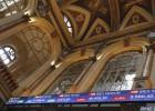 La Bolsa española registra una leve caída pese a la inestabilidad griega