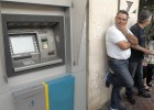 Fitch y S&P califican la situación de la banca griega de 'impago parcial'