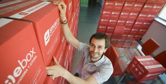 Angel Rodao, de la empresa SmileBox, empresa de cajas promocionales.