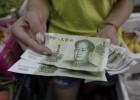 China devalúa el yuan para relanzar su economía
