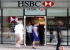 La recuperación no frena los despidos en la banca europea