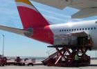 El grupo de Iberia culmina su plan de puesta a punto con un dividendo