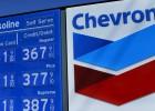 Chevron recorta un 11% la plantilla para compensar la caída del crudo