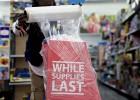 El comercio en EE UU afronta el 'black friday' bajo presión