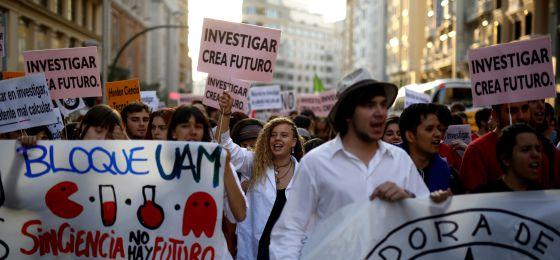 España soporta los peores registros de paro juvenil de la OCDE.