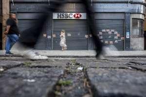 Vista de una oficina cerrada del banco HSBC en Río de Janeiro (Brasil). EFEArchivo