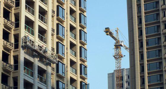 Edificios en construcción en Yichang (Hubei, China).