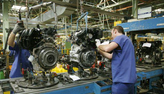 Cadena de montaje de la factoria de Ford en Almussafes (Valencia).