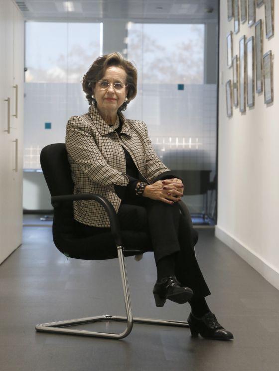 Maria Àngels Vallvé posa antes de la entrevista en la sede de GVC Gaesco.