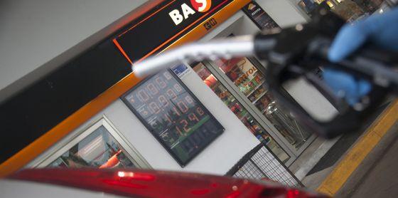 Gasolinera en Madrid con el precio del gasóleo a menos de un euro.