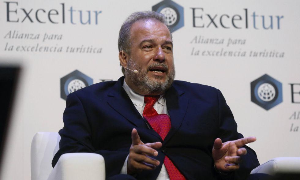 El ministro de Turismo de Cuba, Manuel Marrero, durante su intervención en foro de Exceltur, en Madrid el 19 de enero de 2016.